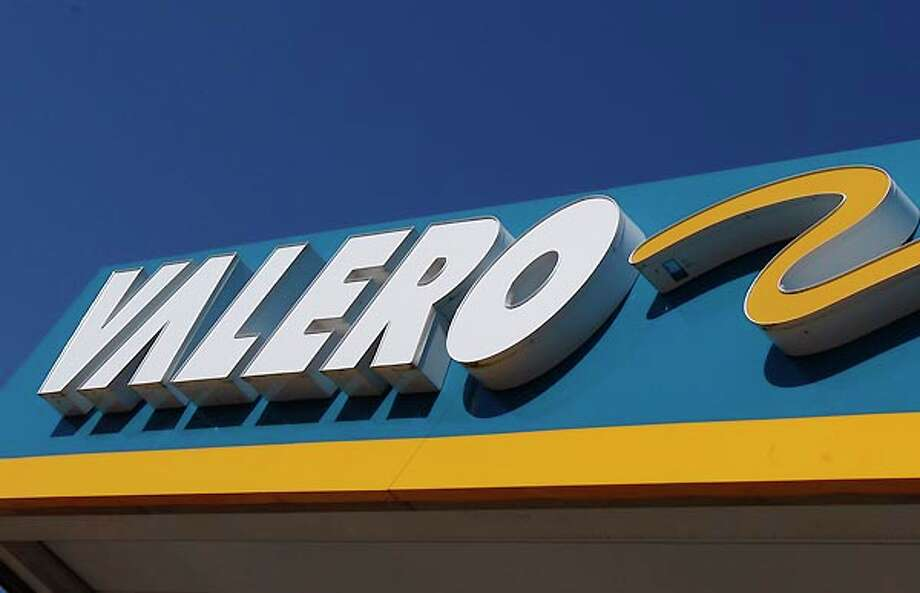 Valero Energy CorpRevenues ($b): 138.3Profits ($mm): 2,083See the full list here. Photo: Sue Ogrocki, AP / AP
