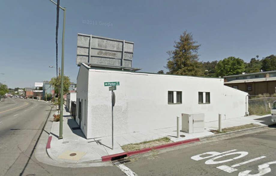 Parker Avenue and MacArthur Boulevard, Oakland, CA Photo: Google Maps