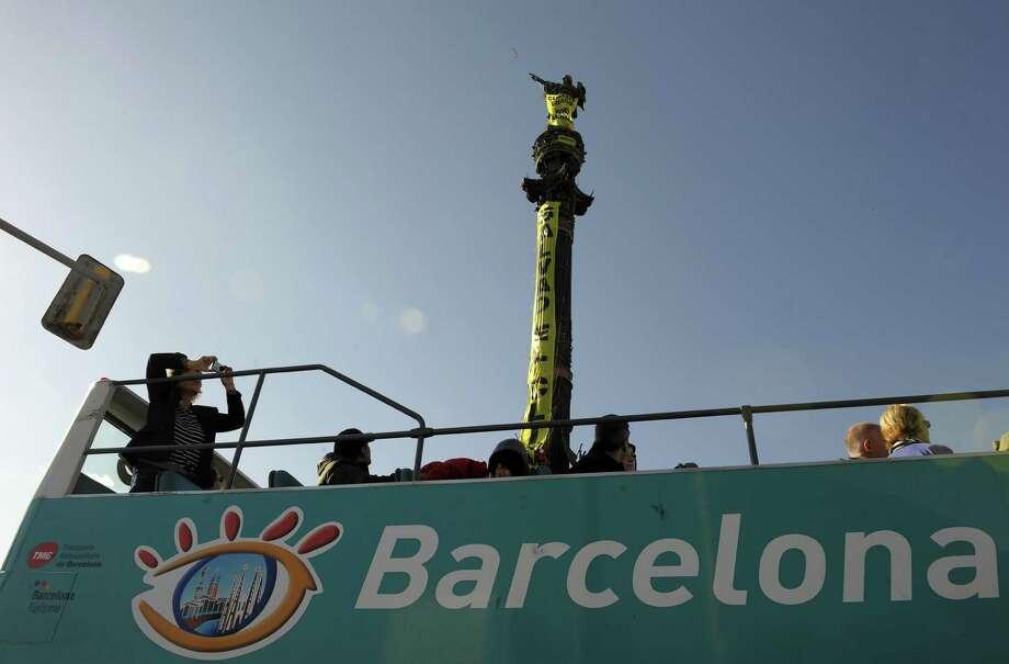 11. Bus Turistic, Barcelona. Photo: LLUIS GENE, AFP/Getty Images / 2009 AFP