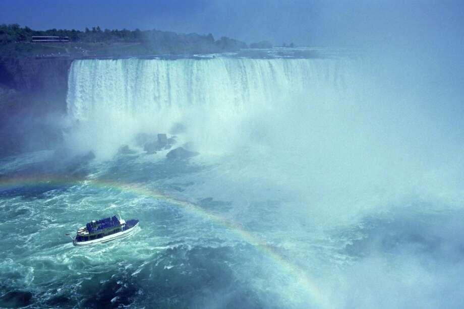 6. Maid of the Mist, Niagara Falls, Ontario, Canada. Photo: Altrendo Travel, Getty Images / (c) altrendo travel