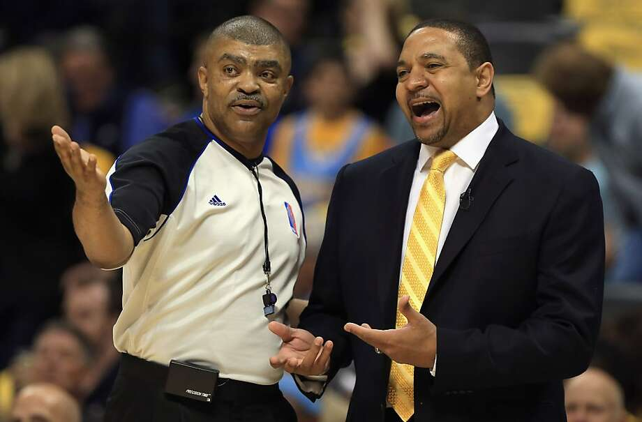 DENVER, CO - APRIL 30:  Head coach Mark Jackson of the Golden State Warriors talks to referee Tony Brothers #25 as they face the Denver Nuggets during Game Five of the Western Conference Quarterfinals of the 2013 NBA Playoffs at the Pepsi Center on April 30, 2013 in Denver, Colorado. NOTE TO USER: User expressly acknowledges and agrees that, by downloading and or using this photograph, User is consenting to the terms and conditions of the Getty Images License Agreement.  (Photo by Doug Pensinger/Getty Images) Photo: Doug Pensinger, Getty Images