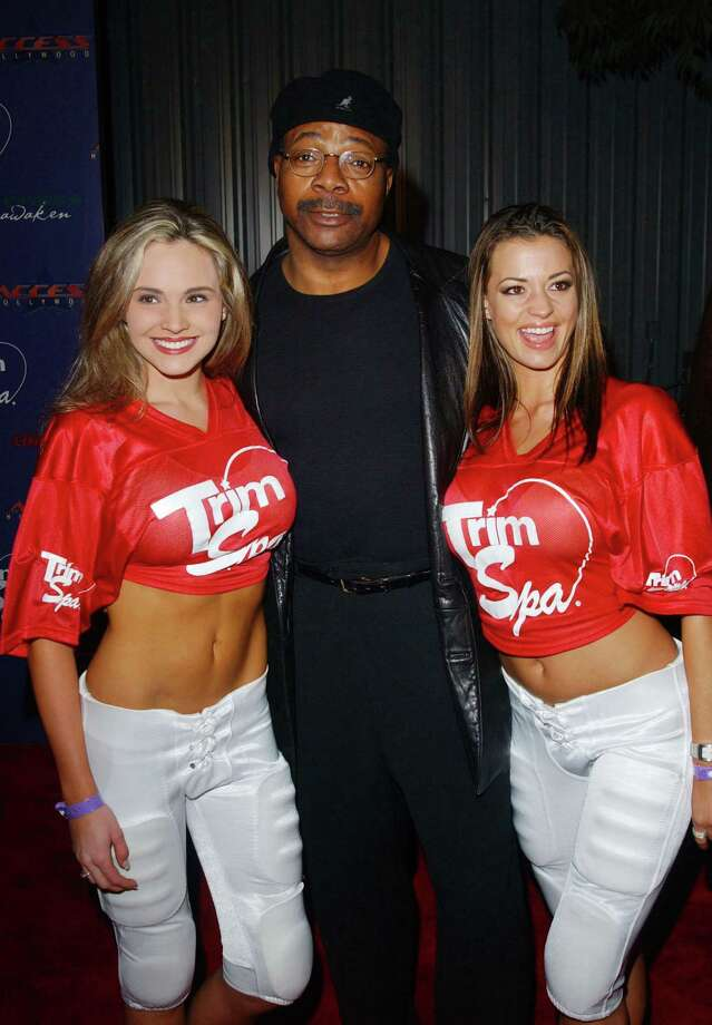 Carl Weathers, aka Carl Weathers, pictured at center in 2003. Photo: Jon Kopaloff, Getty Images / 2003 Getty Images