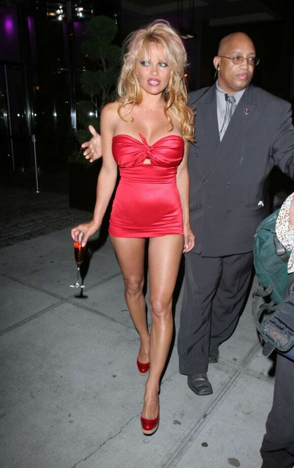 Who needs pants? (Pamela Anderson, 2005).
