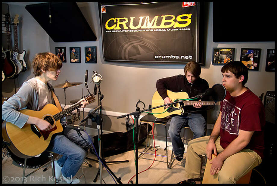 VONTUS brings energy and fun to the CRUMBS Studio