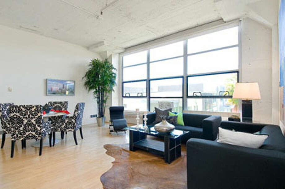 This East Bay combined home/office loft rents for $2450, less than half of the rent for the Clocktower loft in San Francisco (see other gallery).