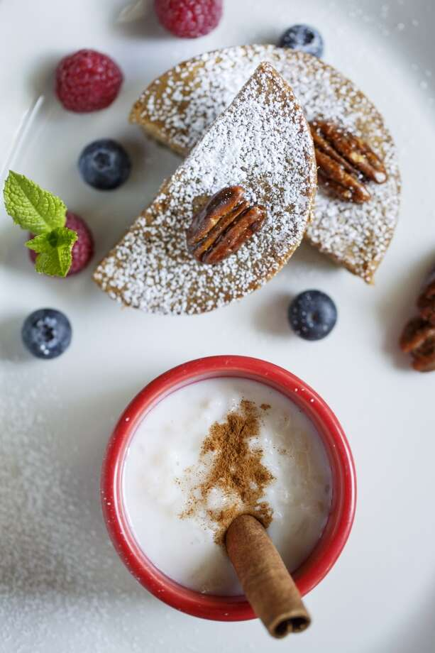 The Pecan Cake with Arroz Con Leche dessert at La Casa del Caballo. Photo: Michael Paulsen, Houston Chronicle