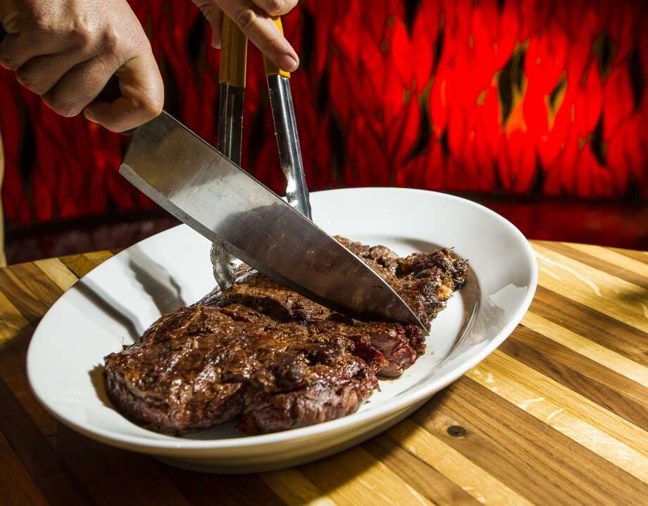 La Casa del Caballo's steak. Photo: Nick De La Torre, Chronicle