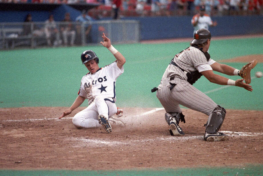 In 1990 Biggio played in 150 games, where he recorded 53 runs, 153 hits and 24 doubles. Photo: File Photo, Houston Chronicle