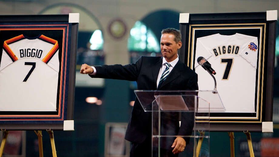 The Astros retired Biggio's jersey on Aug. 17, 2008. Photo: James Nielsen, © 2008 Houston Chronicle / © 2008 Houston Chronicle