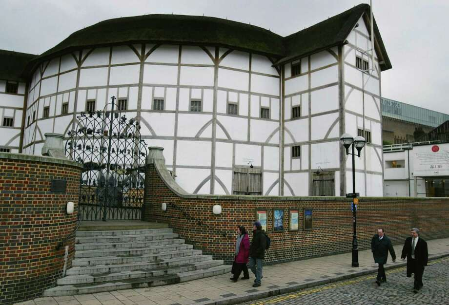 5. Shakespeare's Globe Theater, London. Photo: Melanie Stetson Freeman, Getty Images / 2004 The Christian Science Monitor