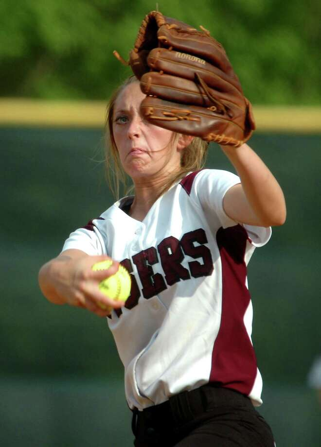 Silsbee's Cierra Roby pitches against Orangefield at Silsbee High School in Silsbee, Thursday. Tammy McKinley/The Enterprise Photo: TAMMY MCKINLEY / Beaumont