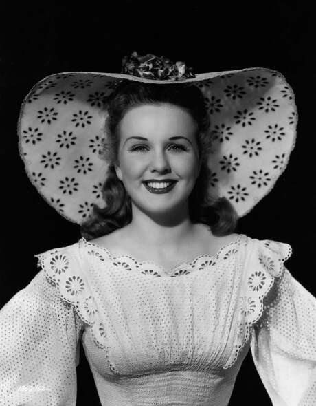 Singer-actress Deanna Durbin has died at 91. At the height of her popularity, she was everyone's intrepid kid sister. Photo: Hulton Archive, Stringer / Hulton Archive