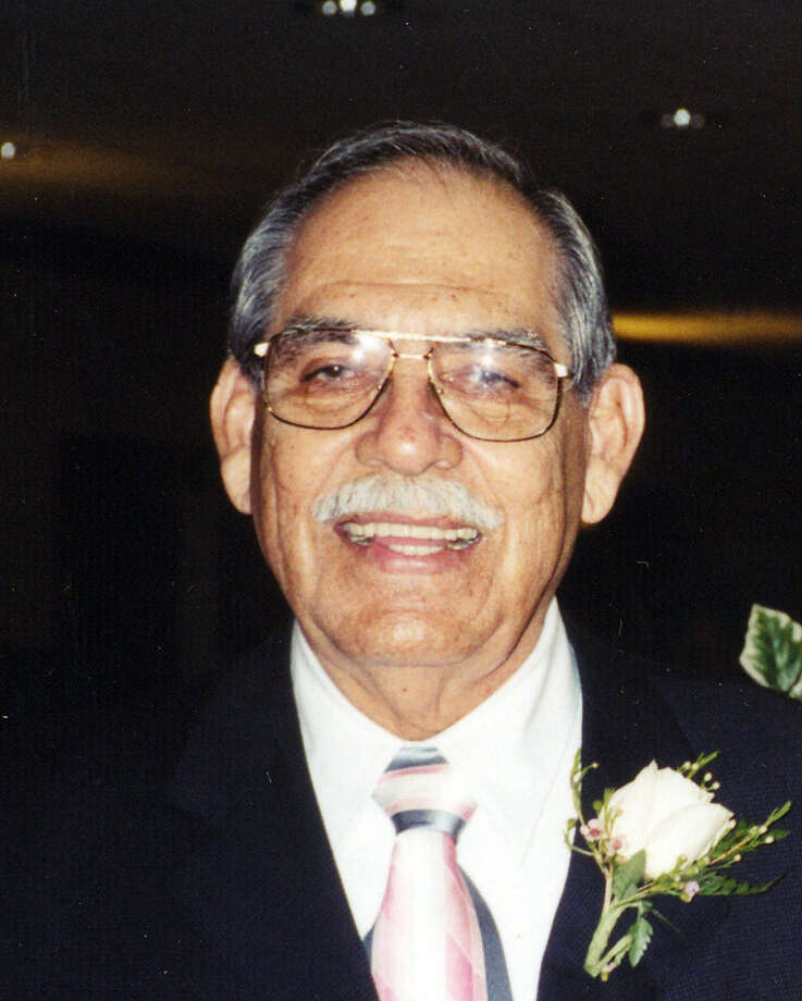 """An artist, """"Ray"""" Aguirre served with the Marines in the Korean War, curated museum at Brooks."""