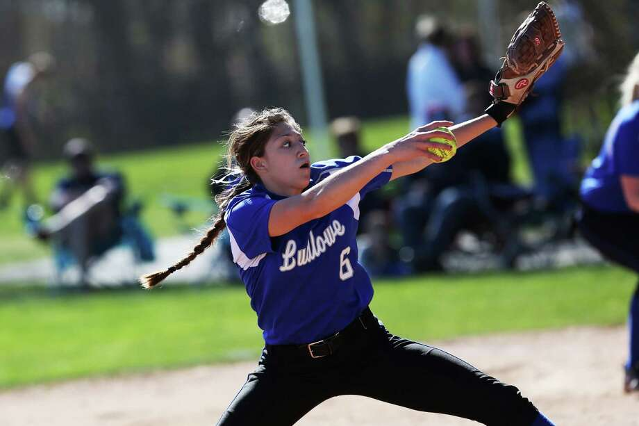 Mike Ross Connecticut Post freelance -Fairfield Ludlowe's pitcher #6 Aliza Guerrero goes into her pitch during Wednesday afternoon match-up against Fairfield Warde. Photo: Mike Ross / @www.mikerossphoto.com