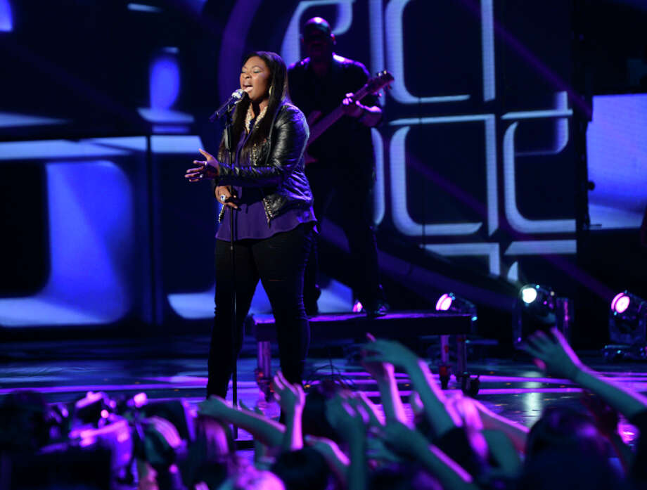 AMERICAN IDOL: Candice Glover performs on AMERICAN IDOL Wednesday, May 1 (8:00-10:00 PM ET/PT) on FOX. CR: Michael Becker/ FOX. Copyright: FOX.