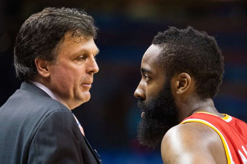 Rockets head coach Kevin McHale talks with shooting guard James Harden.