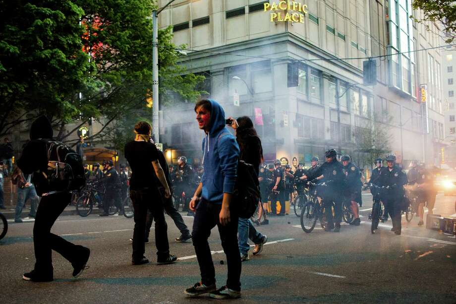 Police and protesters clash in downtown Seattle. Photo: JORDAN STEAD, SEATTLEPI.COM / SEATTLEPI.COM