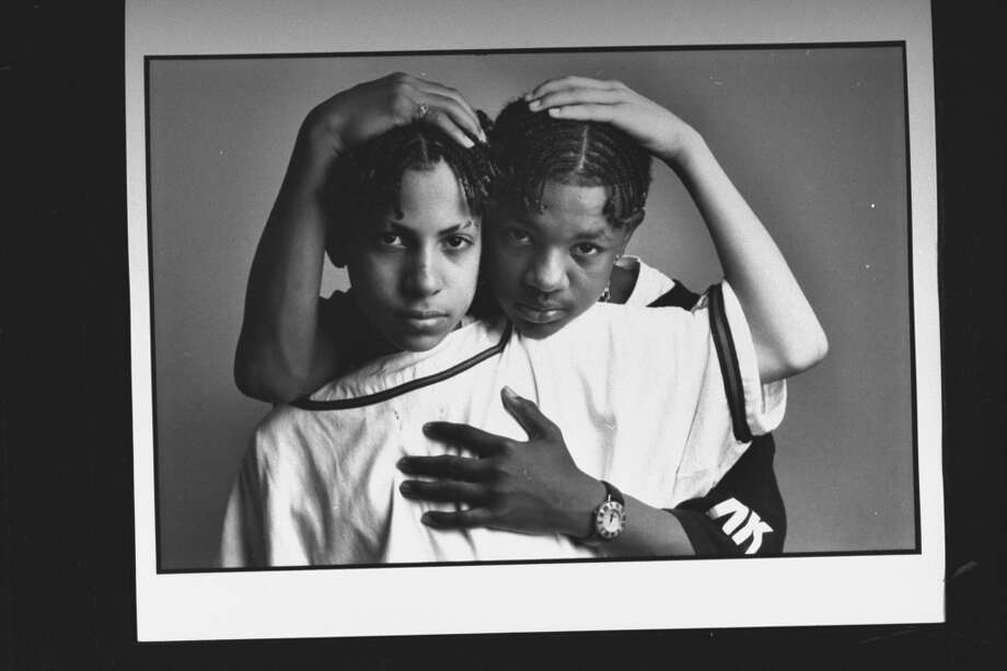 (L-R) Kris Kross rap duo Daddy Mack (Chris Smith) & Mack Daddy (Chris Kelly) (Photo by Acey Harper//Time Life Pictures/Getty Images)
