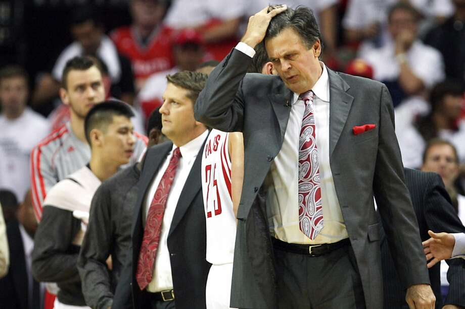 Rockets head coach Kevin McHale reacts during the fourth quarter.