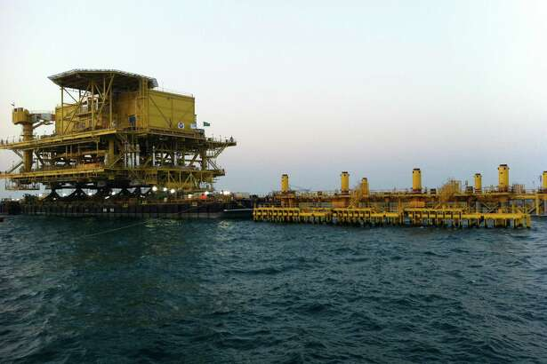 This is the float-over installation for the Safaniya Tie-In Platform No. 20 (Safaniya TP-20). The platform, the largest TP in Saudi Aramco's offshore fields, weighs 6,000 metric tons and will be the main crude oil gathering and power supply hub for the North Safaniya field, which is the world's largest offshore oil field.