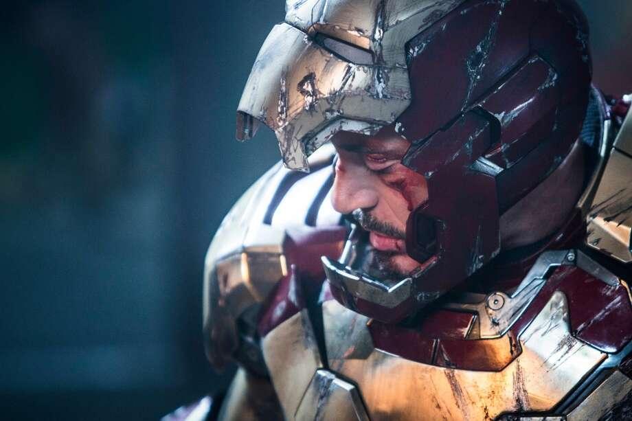 Iron Man 3   Iron Man/Tony Stark (Robert Downey Jr.)  Photo Credit: Zade Rosenthal   © 2012 MVLFFLLC. TM & © 2012 Marvel. All Rights Reserved.