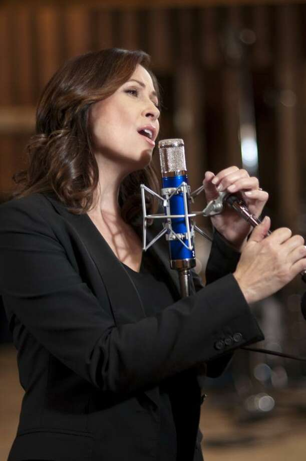 Linda Eder will perform a Christmas Concert with the Houston Symphony on Dec. 13. / handout