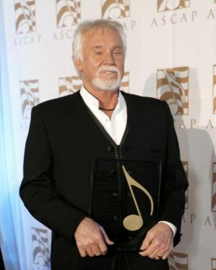 Kenny Rogers has publicly admitted that he's not thrilled with the results of his plastic surgery. Photo: AP