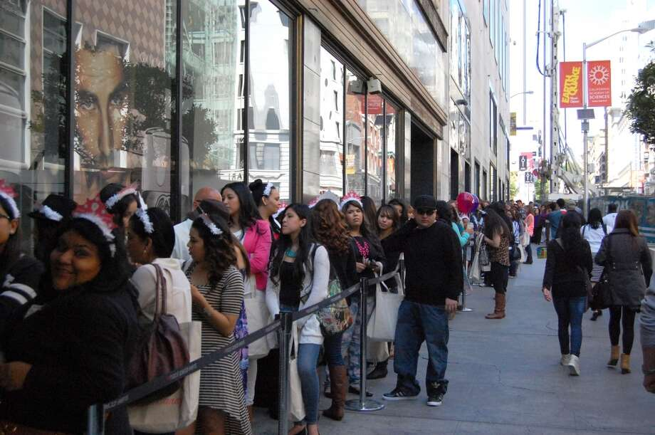 Fans of blogger Dulce Candy lined up outside for more than two hours to meet her at Macy's.
