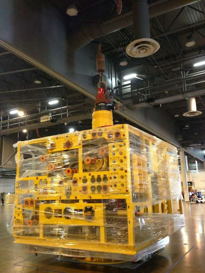 @vette4tk via Twitter: Found the subsea tree @FMC_Tech see it at booth 1941 at #OTCHOUSTON