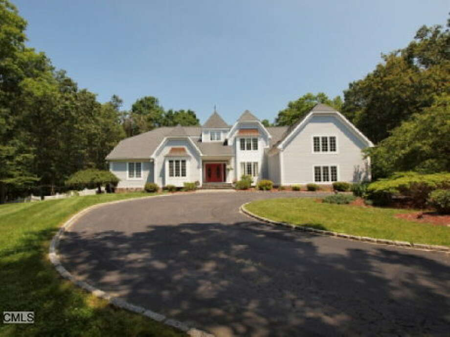 In Easton, the median value of an owner-occupied home is $719,300, according to Census data. So while the top 20 percent of big-money homes are over the million-dollar mark, there's still a lot to choose from in this budget, including this 7,600 square-foot colonial on 3 acres, listed for exactly $1 million.