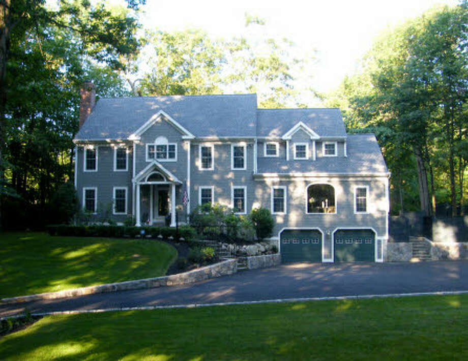More than a quarter of the homes on the market in Ridgefield are asking more than $1 million. Across the town, the median value of an owner-occupied home is $707,600, but upping the budget to the seven-figure mark will buy a bit more than the typical house. Check out this four-bedroom, three-bedroom home, with 4.004 square feet of living space for an even $1 million.