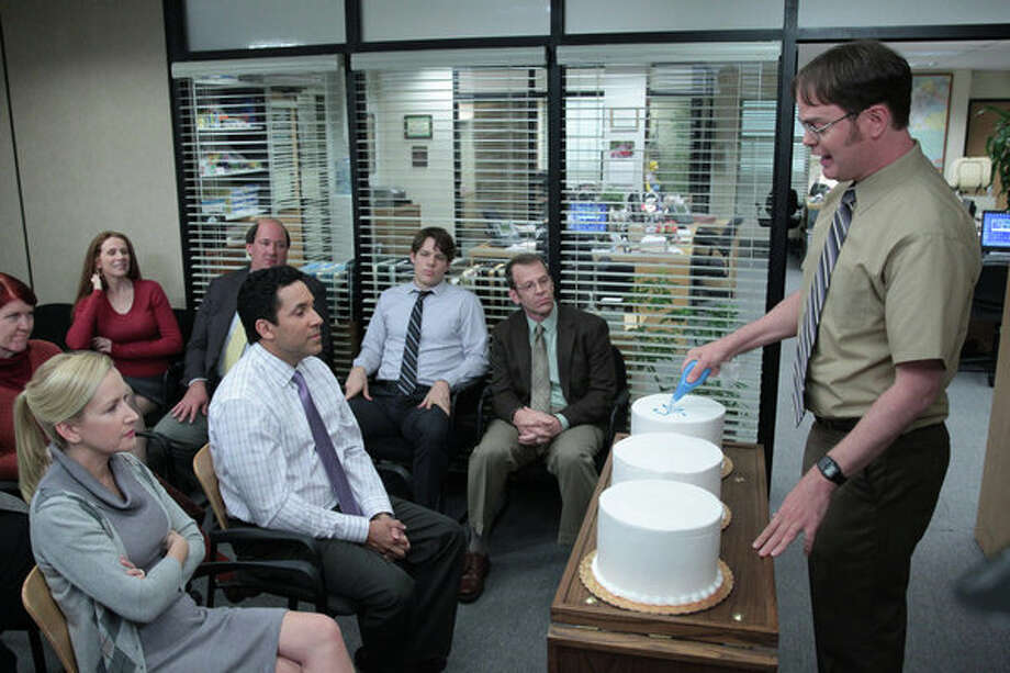 "THE OFFICE -- ""Finale"" Episode 924/925 -- Pictured: (l-r) Kate Flannery as Meredith Palmer, Catherine Tate as Nellie Bertram, Angela Kinsey as Angela Martin, Oscar Nunez as Oscar Martinez, Brian Baumgartner as Kevin Malone, Jake Lacy as Pete, Jake Lacy as Pete, Paul Lieberstein as Toby Flenderson, Rainn Wilson as Dwight Schrute -- Photo: NBC, Chris Haston/NBC / 2013 NBCUniversal Media, LLC"