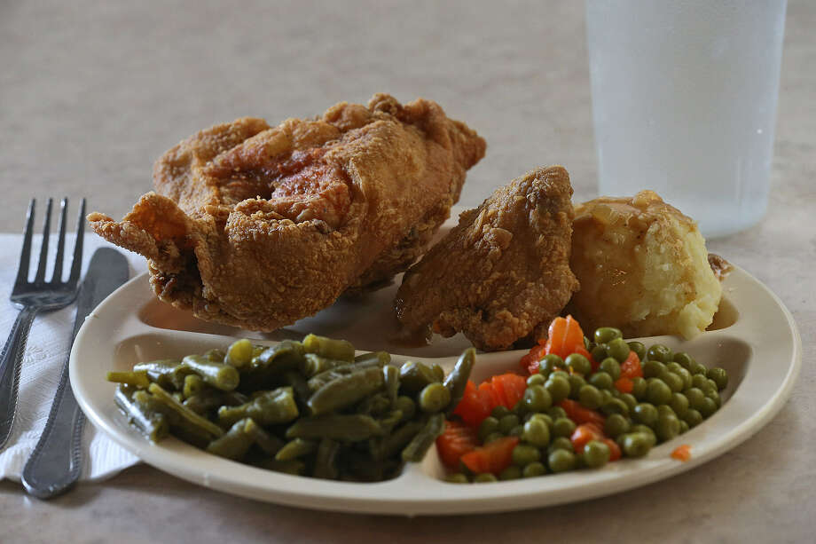Mr. & Mrs. G's has long been known for its fried chicken, and it's still among the best in town. Here, it's served with green beans, peas and mashed potatoes. Photo: Photos By Jerry Lara / San Antonio Express-News