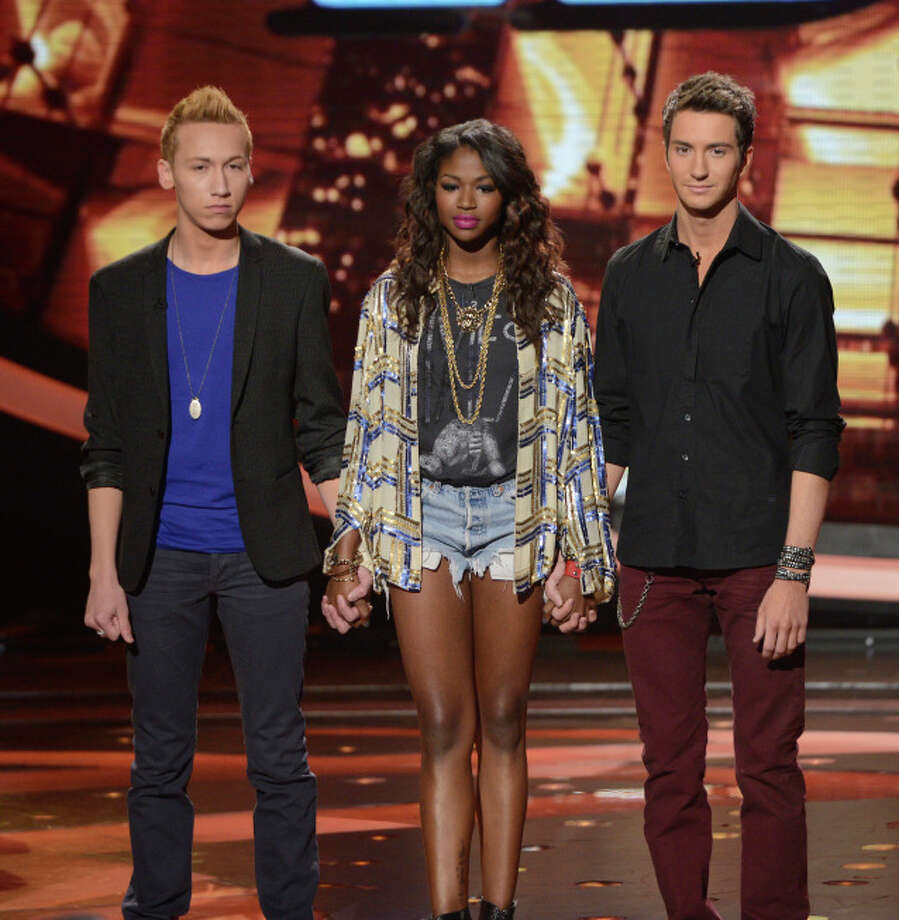 AMERICAN IDOL: The bottom three contestants wait to find out who will be eliminated on AMERICAN IDOL airing Thursday, March 21 (8:00-9:00 PM ET/PT) on FOX. L-R: Devin Velez, Amber Holcomb and Paul Jolley. CR: Michael Becker/ FOX. Copyright: FOX.