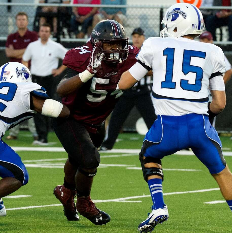Kenneth Boatright, defensive end(pictured No. 54)College: Southern Illinois | Height: 6-foot-3 | Weight: 254 pounds  Another JC transfer, Boatright redshirted in 2010, then led the Salukis with 6.5 sacks and 13.5 tackles for loss his junior year as a starter in all 11 games. In 2012, he was a third-team All-America selection and was third on his team with 62 tackles. Boatright finished seventh in the Missouri Valley Football Conference with 5.5 sacks and led his team with 10 quarterback hurries. The Salukis' team captain posted a time of 4.77 seconds in the 40-yard dash at his school's pro day in March.