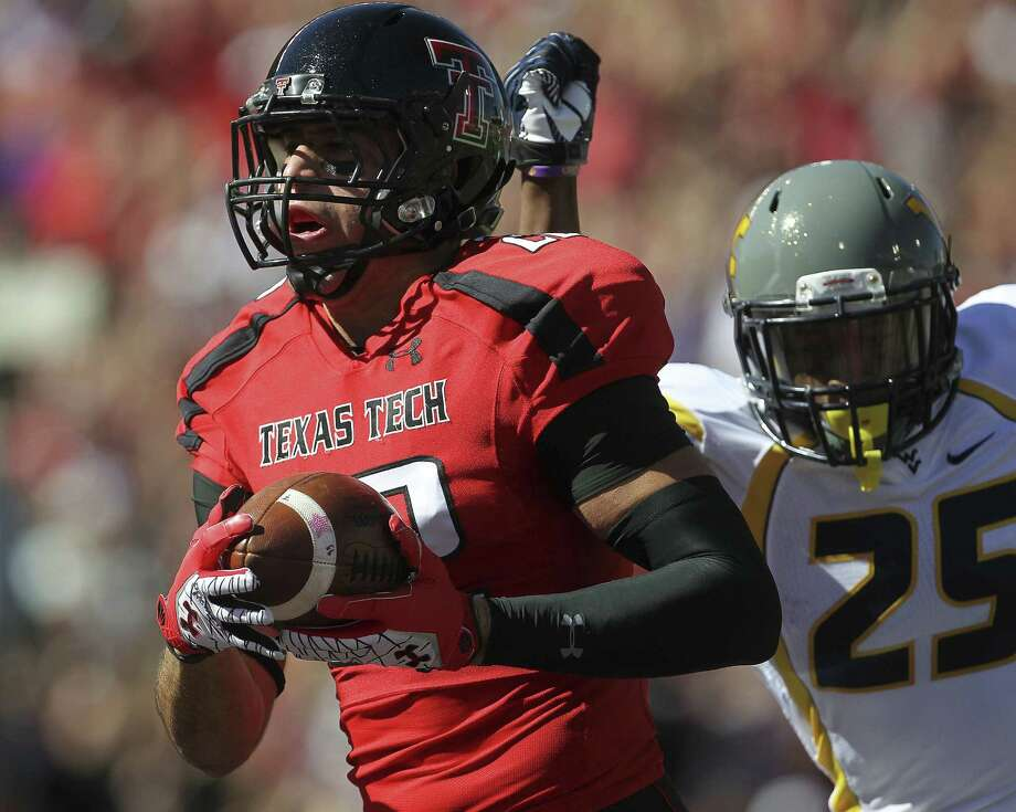 MacArthur grad Jace Amaro is returning from a lacerated spleen that knocked him out for six of Texas Tech's games last year. Photo: Stephen Spillman / Lubbock Avalanche-Journal