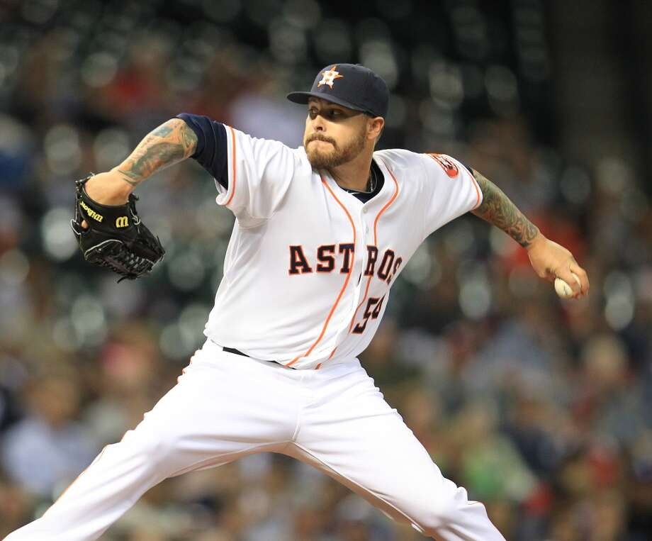 Astros relief pitcher Travis Blackley pitches in the sixth inning.