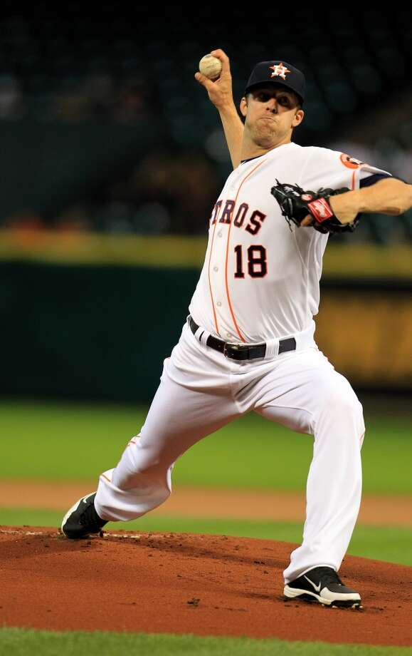Astros starting pitcher Jordan Lyles pitches in the first inning. Photo: Karen Warren, Houston Chronicle
