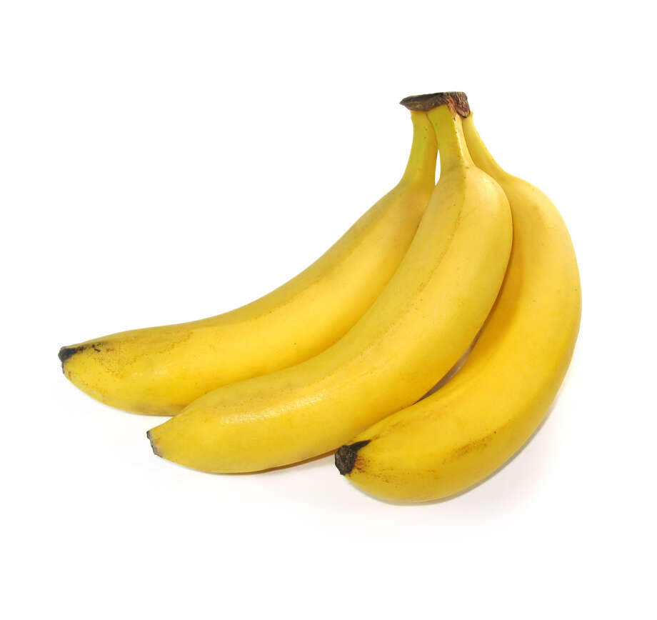 3 bananas are isolated on a white background / handout / stock agency
