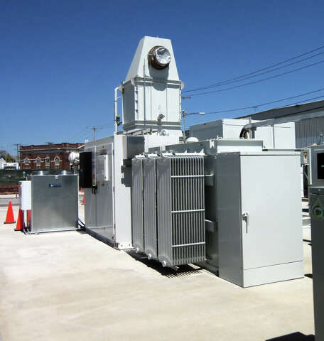 Largest fuel cell generation plant in N A  dedicated in Bridgeport