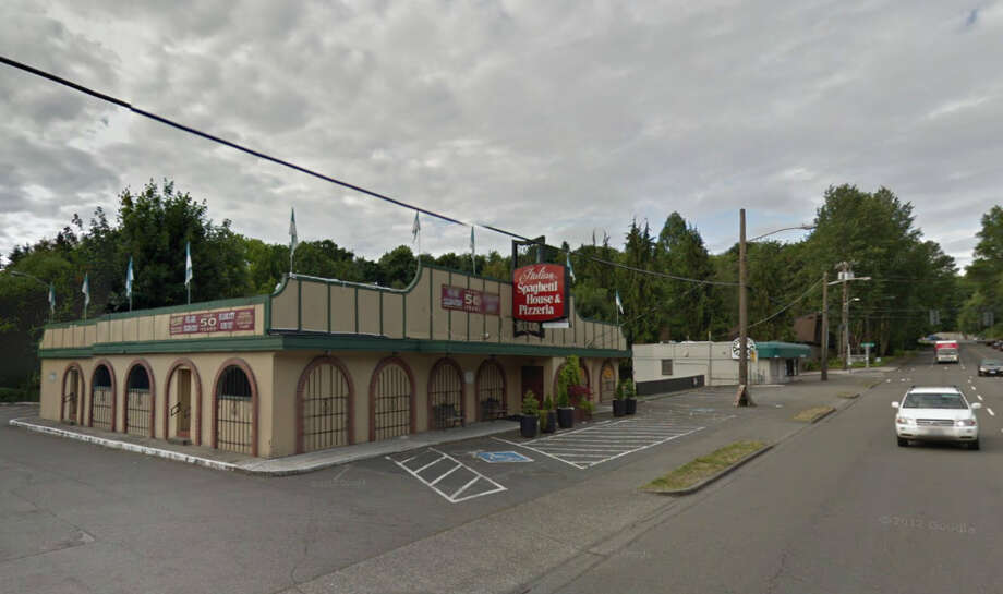 Italian Spaghetti House & Pizzeria in Lake City was an old-fashioned family kind of place, with giant plates, big pies, old-school waitresses and spumoni. Photo: 2012 Google Street View