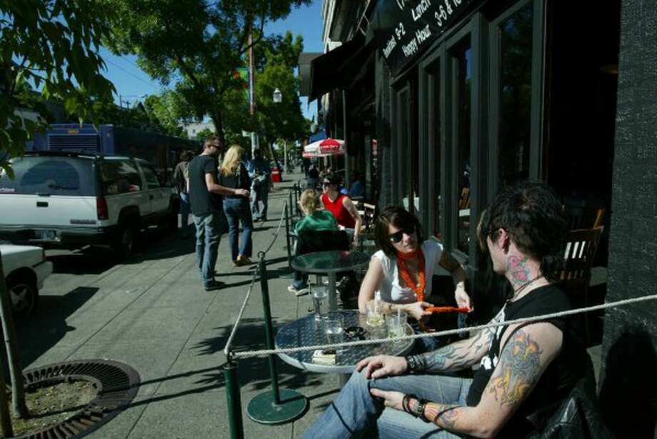 For years, Café Septieme in Capitol Hill was a favorite spot for breakfast and brunch. By the time it closed around the end of 2009, it was less of a favorite. But it's still missed. Photo: Seattle Post-Intelligencer