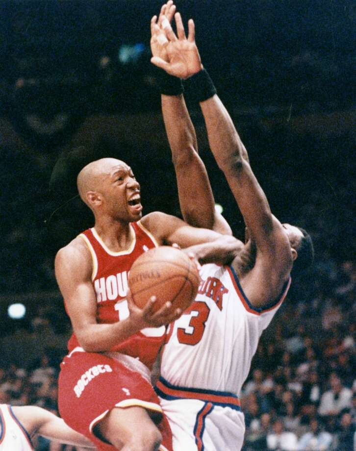 Rookie point guard Sam Cassell emerged as the series shifted from Houston to New York for games 3, 4 and 5. Photo: Chronicle File Photo