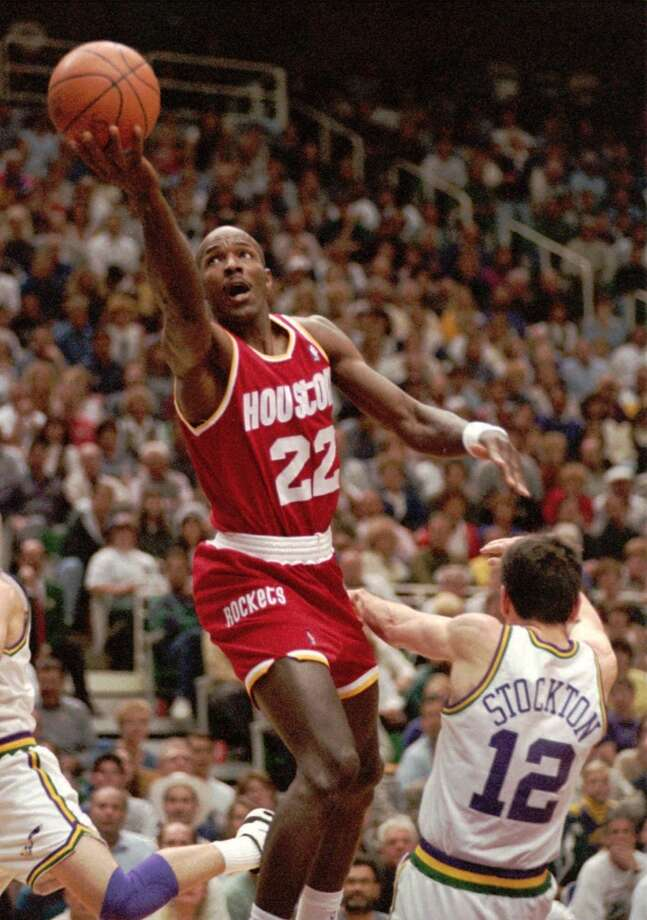 The Utah Jazz had the 1994-95 Rockets on the ropes, ready to knock out the Rockets in Game 4, but Clyde Drexler and Hakeem Olajuwon both went off for 40 points to keep the series alive. The Rockets then went to Salt Lake to close out the Jazz in Game 5. Photo: Steve Wilson, Associated Press