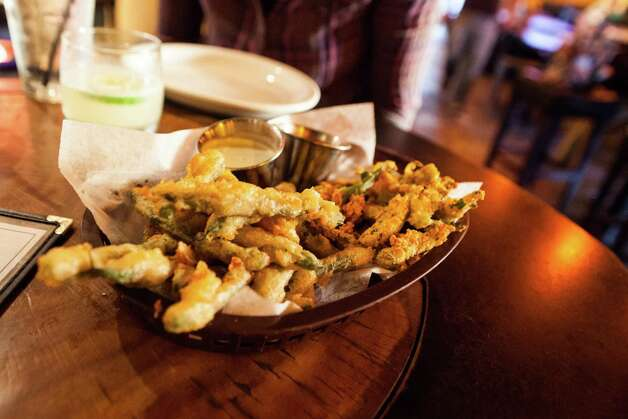 Fried green beans for snacking at Beaver's. Photo: Marc Brubaker, Photographer / Copyright 2013 by Marc Brubaker.