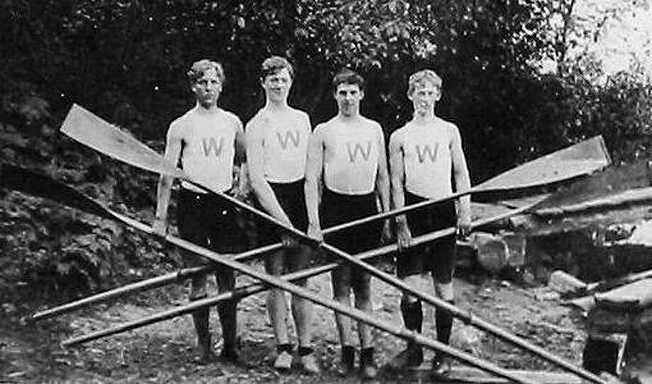 The first four Huskies to compete in an intercollegiate crew race. From left: Karl Van Kuran, Dan Pullen, Clinton Lantz, and Fred McElmon. Photo: Tyee Photo