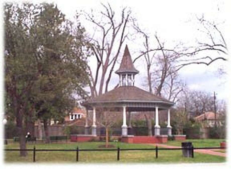 History comes to life in the Heights. The central gazebo at Marmion Park, at the corner of East 18th and Heights Boulevard. Photo: COURTESY HOUSTON HEIGHTS ASSOCIA