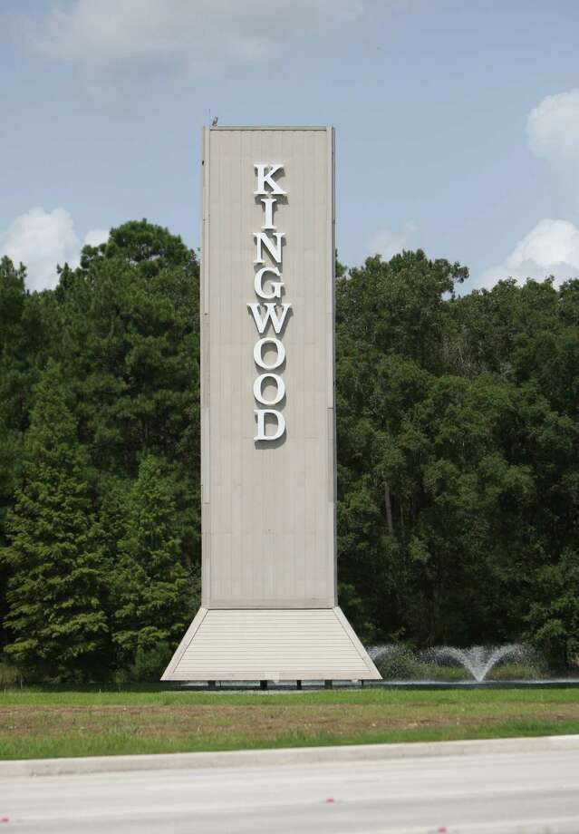 the landmark  sign to Kingwood just off U.S. 59 announces the entry to one of Houston's first master-planned communities. Photo: Thomas Nguyen, Freelance / Freelance