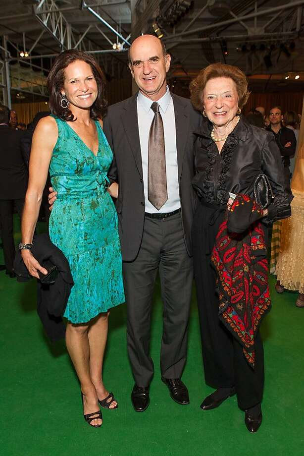 Randi Fisher, Bob Fisher and Doris Fisher at the annual Tipping Point Benefit on May 02, 2013. Photo: Drew Altizer Phototgraphy