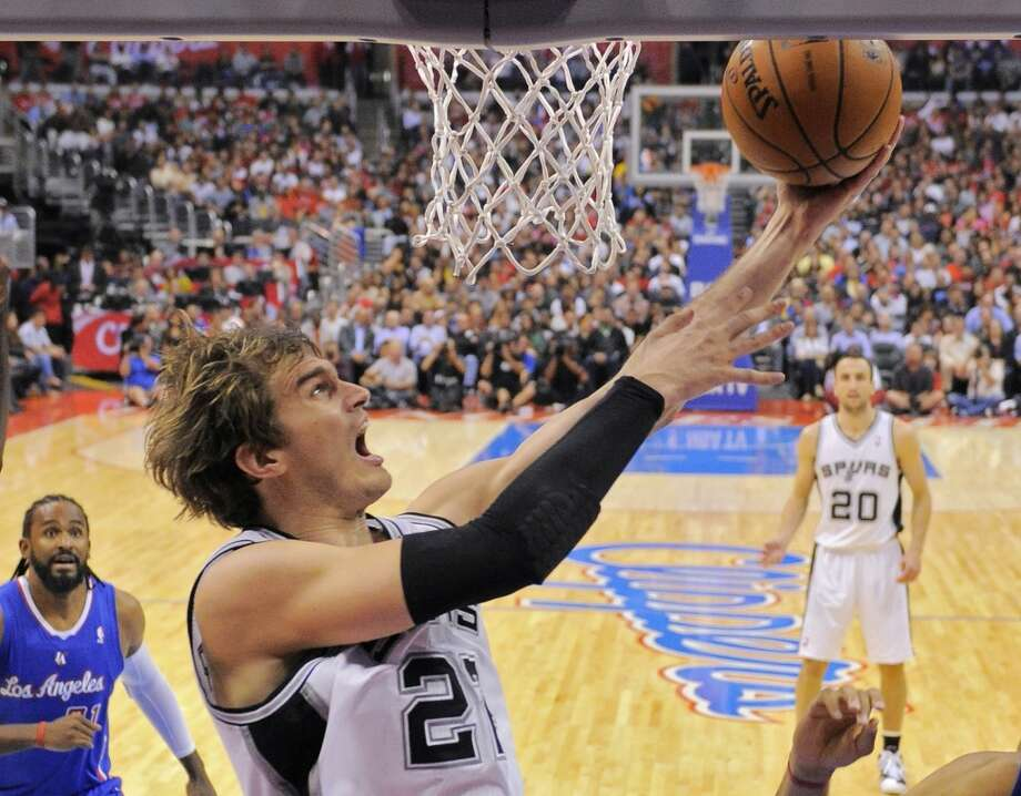 Spurs forward Tiago Splitter goes up for a shot during the second half against the Clippers, Wednesday, Nov. 7, 2012, in Los Angeles. The Clippers won 106-84.